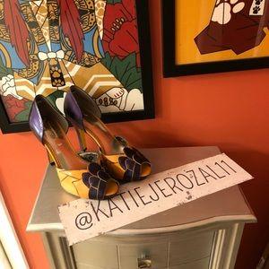Poetic lincense size 39.5 shoes. 🦇*